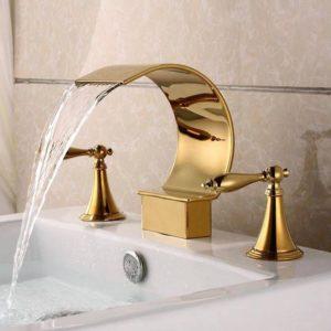 LUXUS nie sú len zlaté batérie v kúpelni